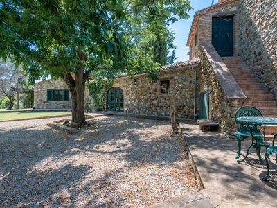 Photo for Large, Private House surrounded by beautiful Tuscan Countryside