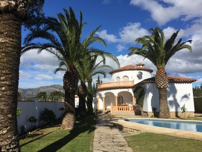 Photo for Completely renovated holiday home with private pool and garden in a quiet location, barbecue