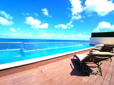 Photo for Luxury Oceanfront Condo Rooftop Pool 360° View