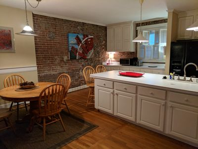 Photo for Carriage House in Historic Cherokee Triangle, Bottom Unit