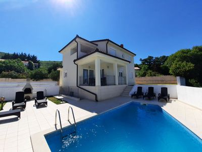 Photo for Four-Bedroom Villa with wonderful sea view & private pool