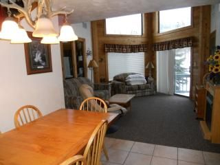 Photo for Ski in/out Condo, The Villages