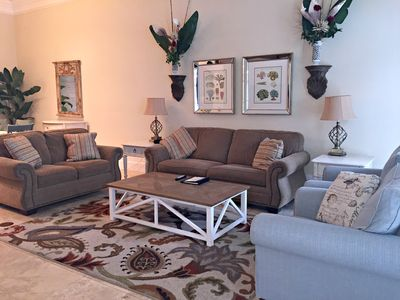 Living area with comfortable seating for 7 guests