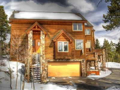 Photo for Gorgeous Mountain and Ski Area Views With the Bus Stop Steps Away.