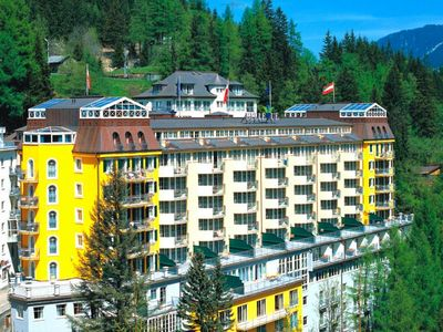 Photo for Apart Hotel MONDI-HOLIDAY Bellevue, Bad Gastein  in Salzburger Sportwelt - 6 persons, 2 bedrooms