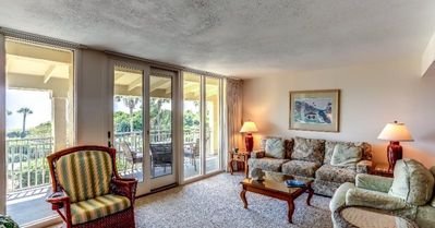 Photo for Cozy Beach Front Condo with Private Balcony!
