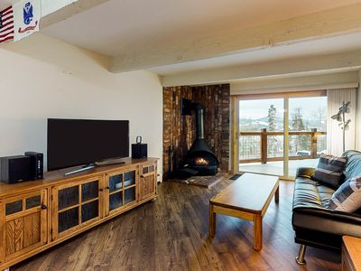Photo for Cozy & modern mountain condo w/fireplace ,private balcony & grill-Bus to slopes!