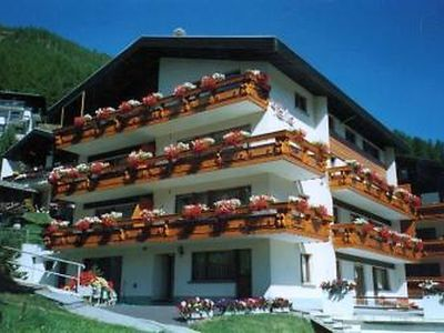 Photo for 1BR Apartment Vacation Rental in Saas-Fee, Visp