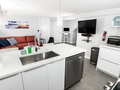 Brand new and modern apartment on Red Line!