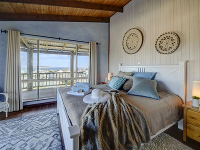 Photo for West Beach Holiday House with Amazing 360 Views
