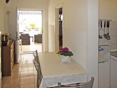Photo for Apartment Palma (ZAD400) in Zadar - 4 persons, 2 bedrooms