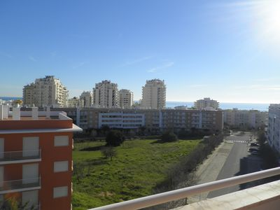 Photo for Newly renovated apartment on the outskirts of Armacao de Pera