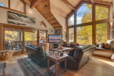 Luxury upstairs living room with mountain view