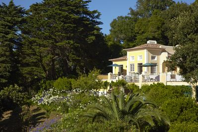 Quinta Matalva main house from the extensive surrounding lush gardens