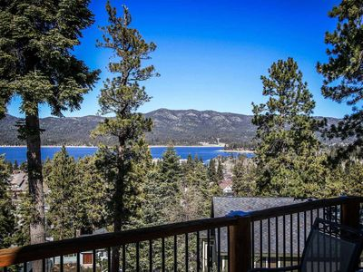 Photo for House in the center of Big Bear Lake with Parking, Internet, Washing machine, Balcony (983578)