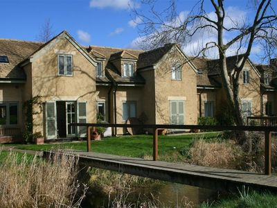 Photo for KINGFISHERS COTTAGE 8 in Cotswold Water Park, Ref 988680