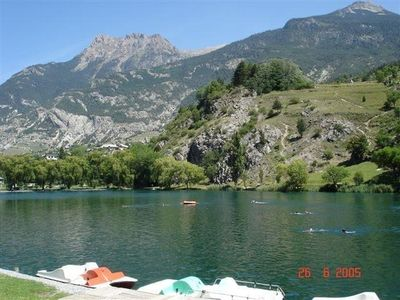 Photo for Apartment in Chalet, 150 m from a natural lake, large garden, very quiet.
