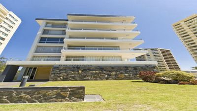 Photo for Balnamara Burleigh, comfortable spacious apartment