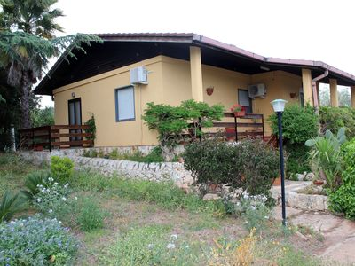 Photo for Villa Marta - Villa in the countryside overlooking the sea and Syracuse