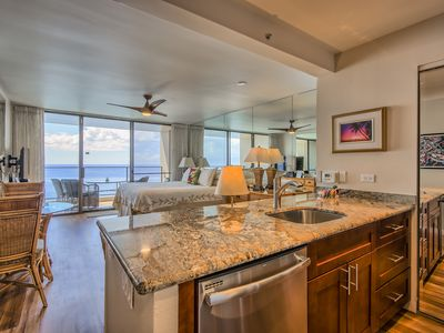Photo for RENOVATED 2017 Penthouse Ocean Front Condo. Tax Id W3004990-01