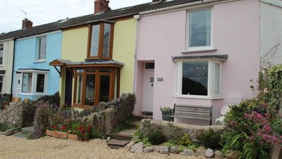 Photo for Periwinkle Cottage, Mumbles