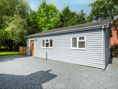 Photo for TY NEWYDD BACH, romantic, with hot tub in Penybont, Ref 939189