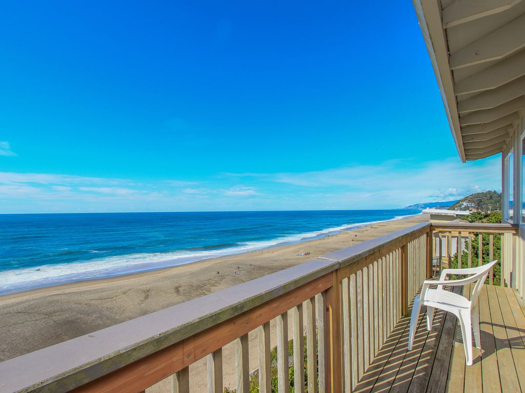 Rustic Dog Friendly Oceanfront Home With Fantastic Ocean Views Gleneden Beach