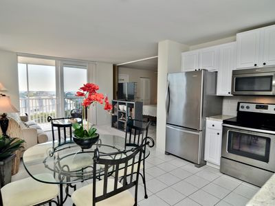 Photo for NEWLY RENOVATED 8th floor Gulf Views. Steps to the beach! Short/long term stay.
