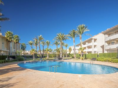 Photo for Ground floor 2 bedroom holiday beach apartment overlooking the pool in Javea