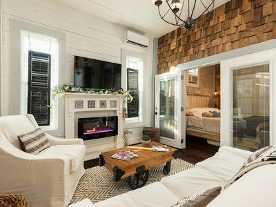Kempner Park Carriage House: Charmer Near Beach & Pier