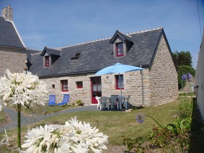 Photo for Cottage in a real Breton farmhouse, 500m from the sea.