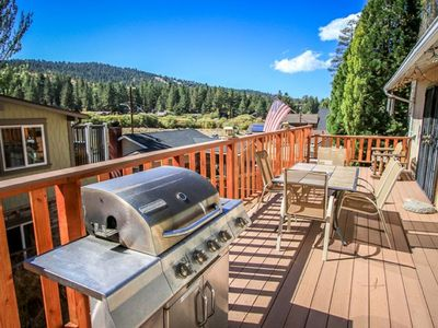 Photo for Moonridge Escape- Jacuzzi, Fireplace, FREE Wi-Fi, Fenced Yard, Pets Welcome!
