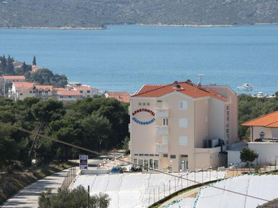 Photo for One bedroom apartment with balcony and sea view Seget Vranjica, Trogir (A-3079-a)