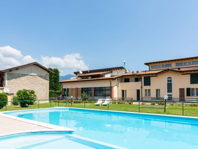 Photo for Gorgeous apartment in Lombardy with pool and garden