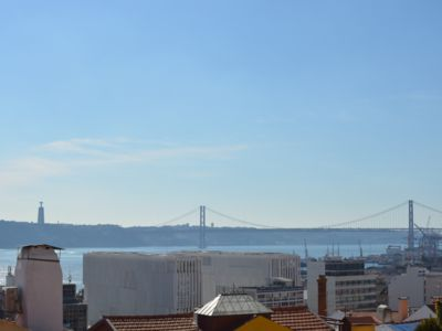 Photo for Cozy + amazing view + Lisbon's downtown