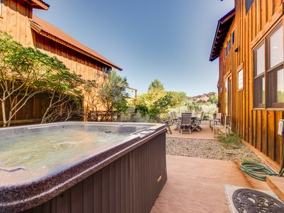 Enjoy amazing views and essentials from this wonderful home w/ private hot tub