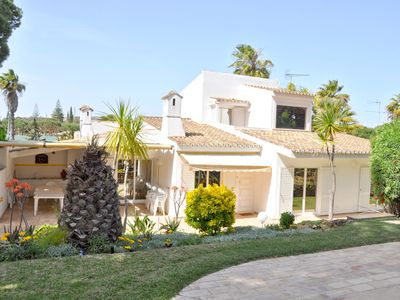 Photo for Comfortable detached villa with private swimming pool and spacious garden
