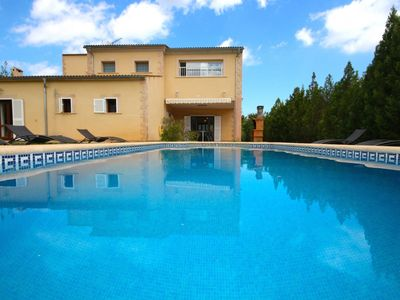 Photo for Quiet Villa for 8 with pool, near beaches and all amenities, Sa Pobla/Crestatx