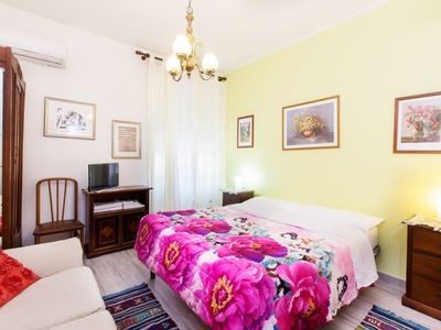 Photo for Double room with shared bathroom Moon House B & B Aiosardegna Holidays Cagliari