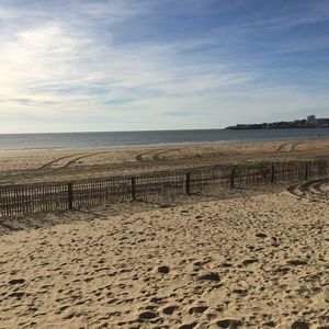 Photo for 1BR Apartment Vacation Rental in Royan, Nouvelle-Aquitaine