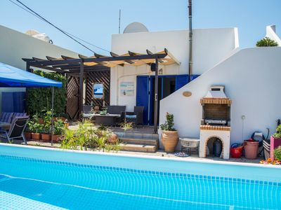 Photo for Holiday house sea view dreamlike holiday house with pool & a lot of privacy!