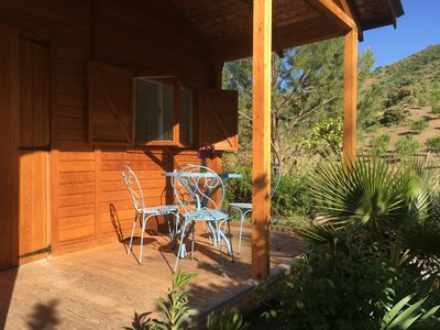Photo for Secluded cabin amongst the orange trees
