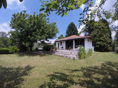 Photo for Quiet family house with private garden near the lake / beach
