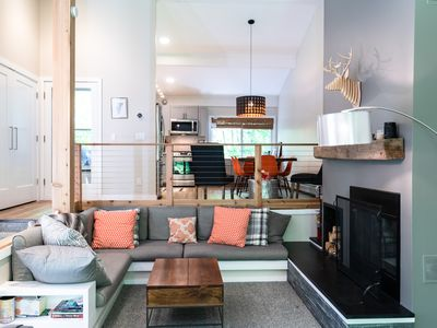 Photo for Mountain Modern 3 Bedroom Townhome