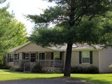 Whistling Brook @ Spring Brook Resort   Cozy Creekside Home Located Close to Pool
