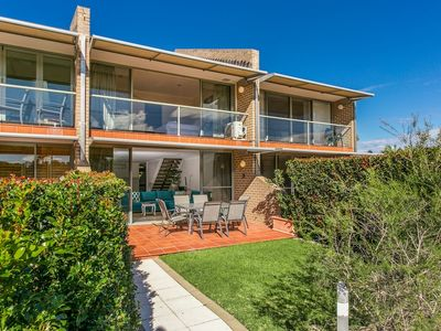 Photo for 2 James Cook Apartments Holiday Rental
