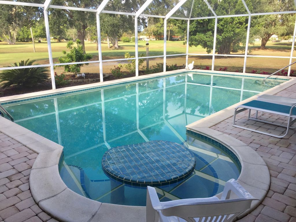 Premiere Family Home On Golf Course With Heated Swimming Pool Near Beaches Sarasota Florida