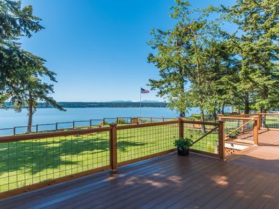 Photo for Charming two bedroom seaside cottage on Penn Cove