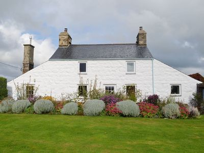 Photo for 3 bedroom property in Abersoch.