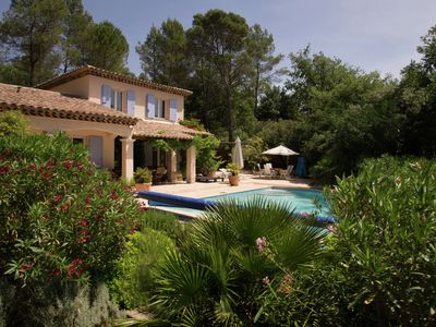 Photo for Villa with private pool in a valley in the forests of the beloved Lorgues.